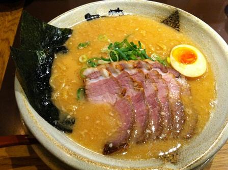 豚骨醤油チャーシューメン