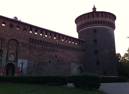 スフォルツァ城に行ってみるも